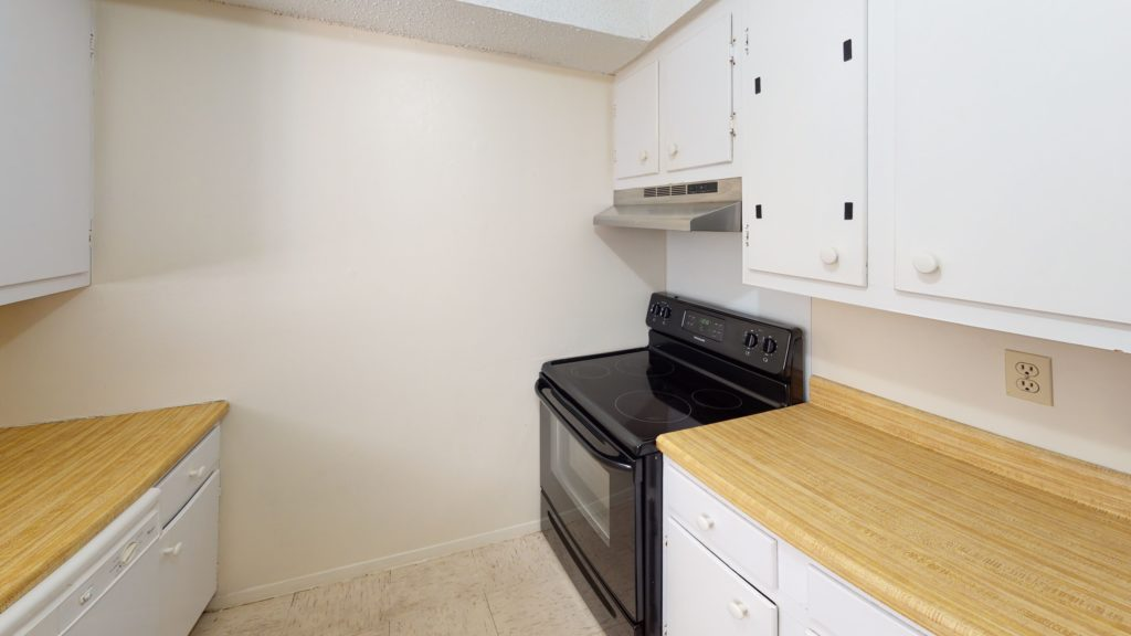 Long-Leaf-Pointe-Townhome-Kitchen